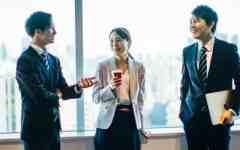 派遣社員を脱却するためのIT業界への転職は客先常駐を検討すべき理由